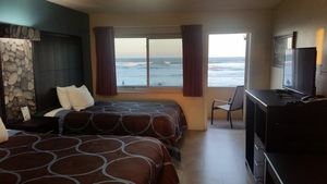 Oceanfront Double with Patio or Balcony Picture 7